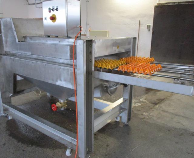 Eierhöckerwaschmaschine